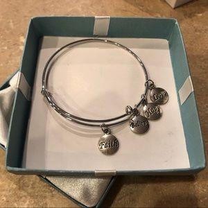 """New """"Faith, Believe, Hope, Love"""" Charm Bracelet"""